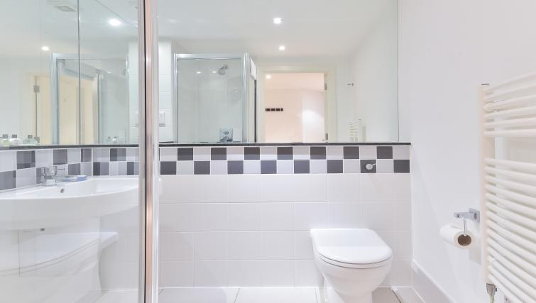 Bathroom at Still Life Liverpool Street - Citybase Apartments