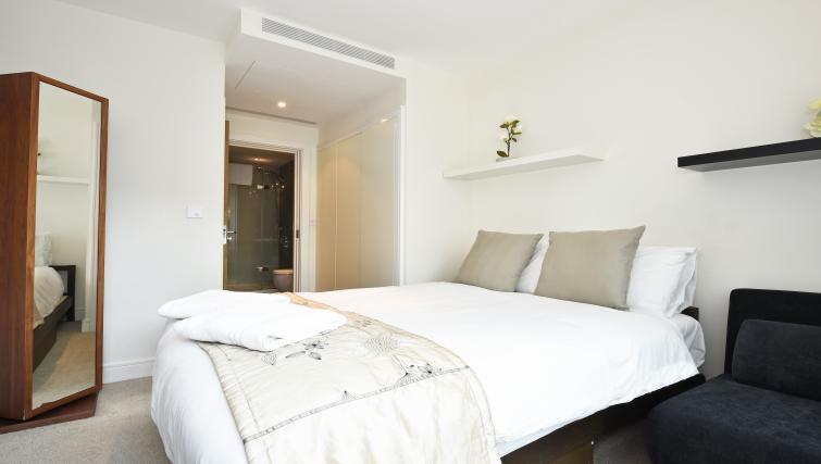 Bedroom at Still Life Vauxhall - Citybase Apartments