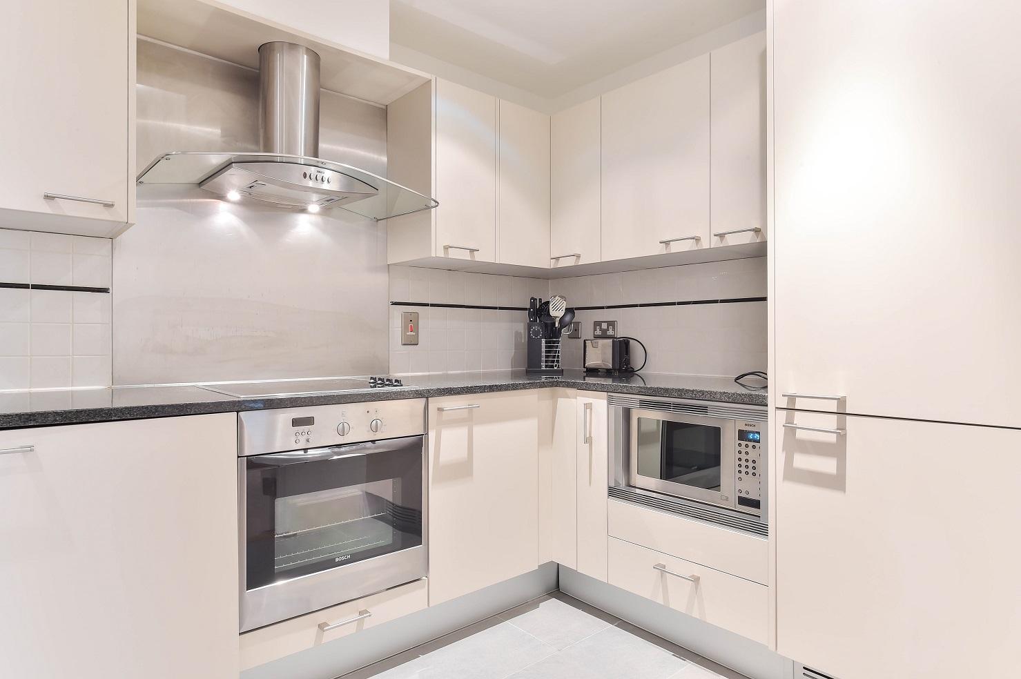Oven at Still Life Vauxhall - Citybase Apartments