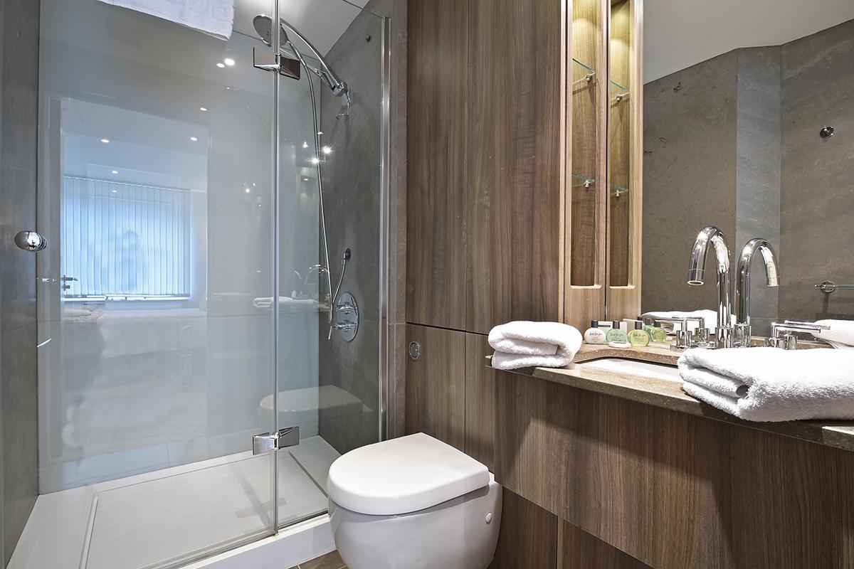 Toilet at Still Life Vauxhall, Vauxhall, London - Citybase Apartments