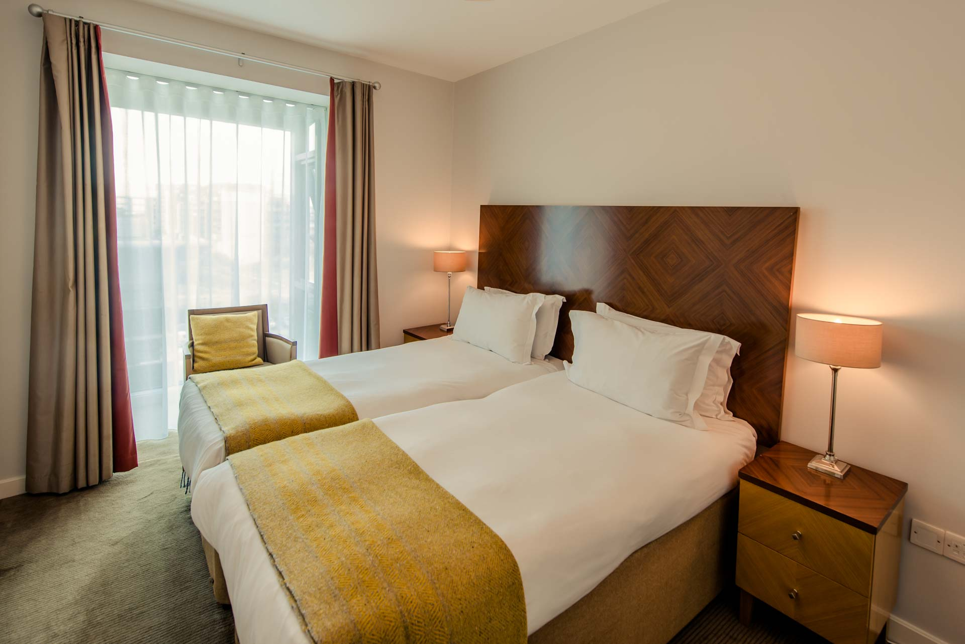 Twin bedroom at Premier Suites Dublin Sandyford, Sandyford, Dublin - Citybase Apartments