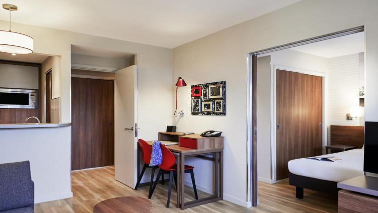 Work desk at Adagio Birmingham City Centre - Citybase Apartments