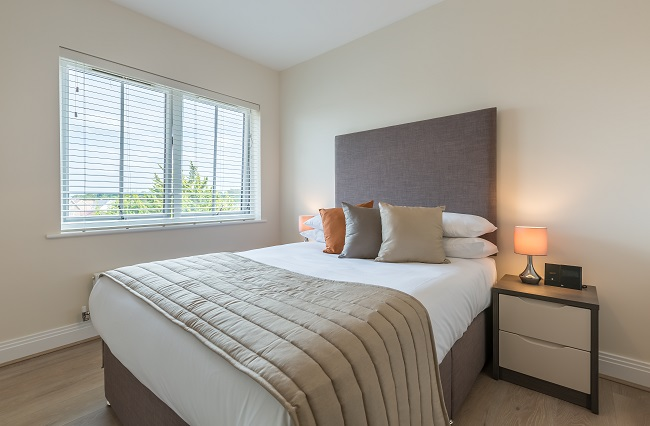 Modern bedroom at The Heights at Athena Court - Citybase Apartments