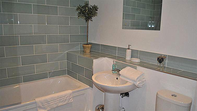 Bathroom at Lord Raglan House - Citybase Apartments