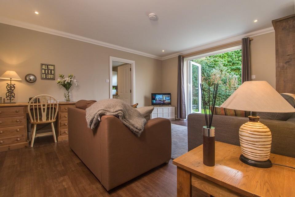 Desk area at  Lord Raglan House - Citybase Apartments