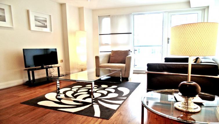 Living space at Still Life Barbican - Citybase Apartments