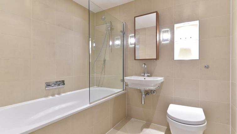Bathroom at Still Life Barbican - Citybase Apartments