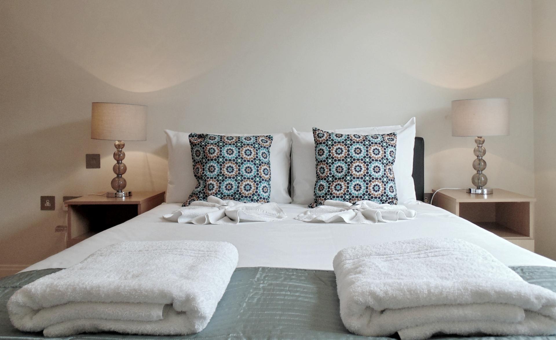 Modern bedroom at Still Life Barbican - Citybase Apartments