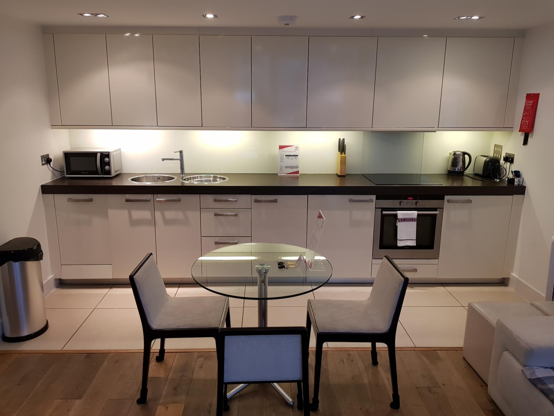Kitchen facilitites at Still Life Tower Hill Deluxe - Citybase Apartments