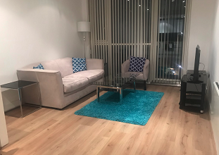Lounge at Still Life Tower Hill Deluxe - Citybase Apartments