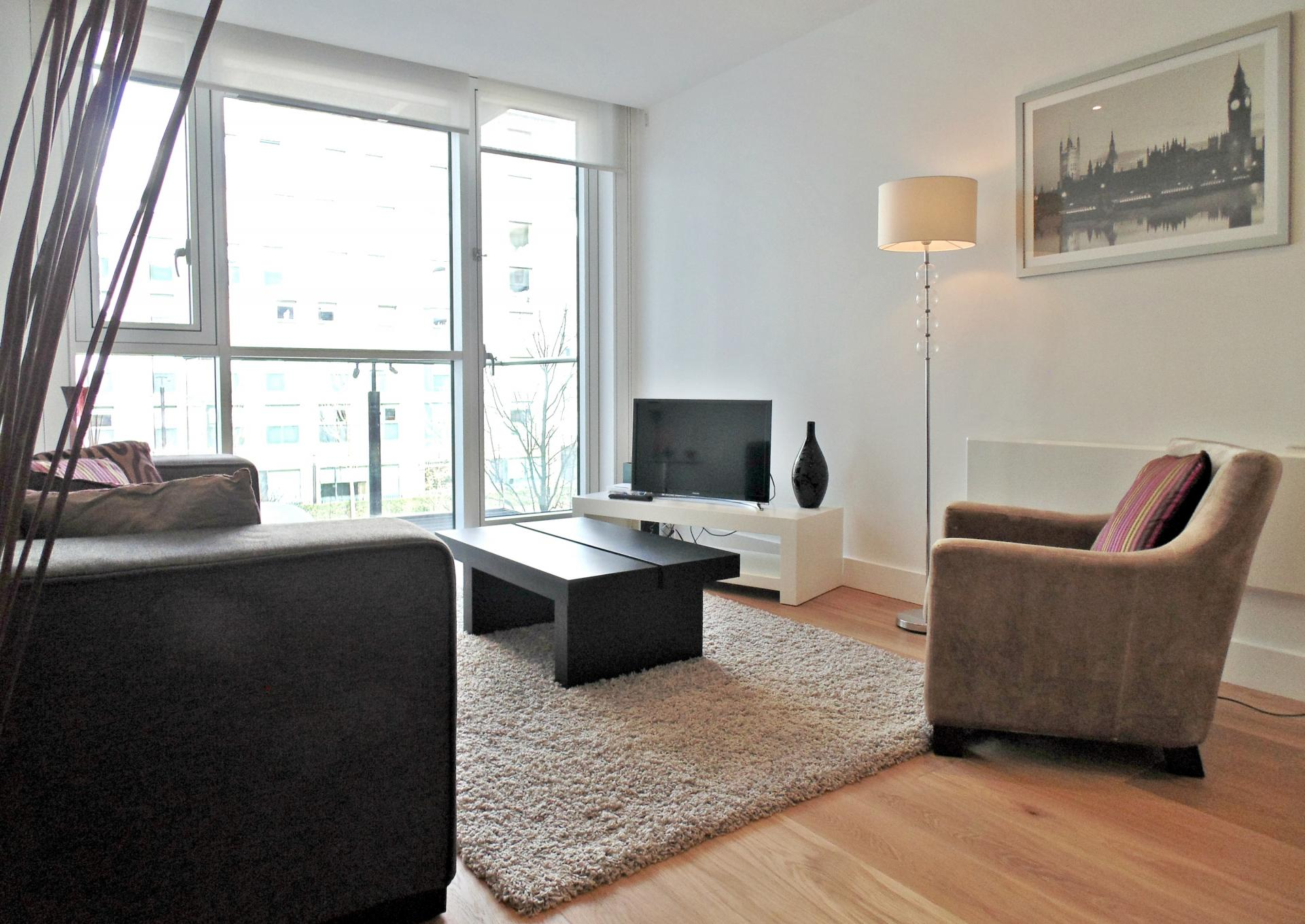 Lounge at Still Life Tower Hill Deluxe, Whitechapel, London - Citybase Apartments