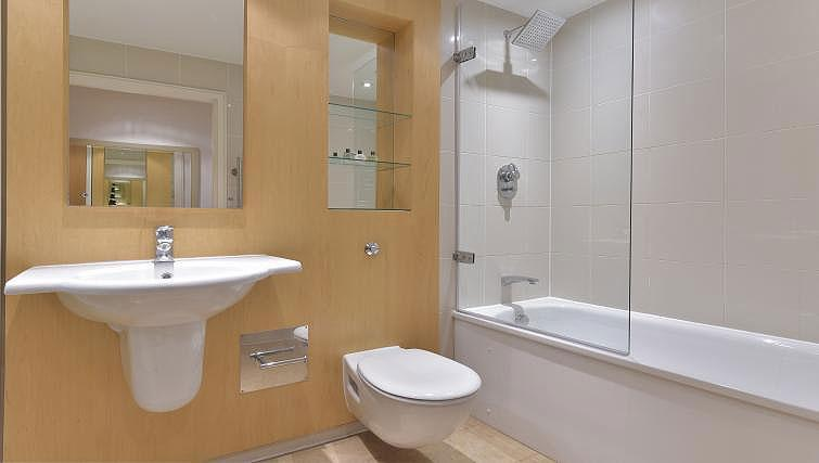 Bathroom at Still Life Tower Hill Executive - Citybase Apartments