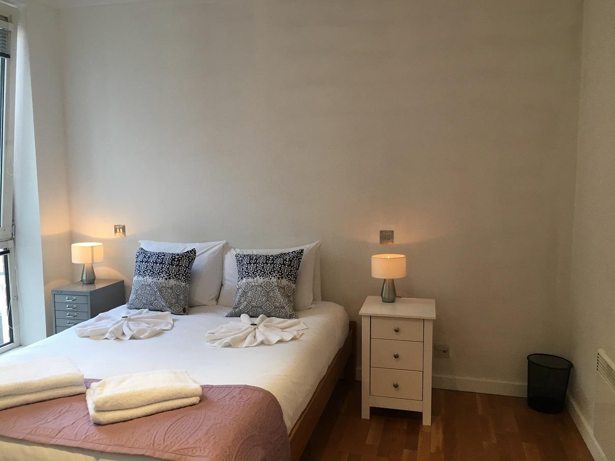 Stylish bedroom at Still Life St Paul's Executive - Citybase Apartments