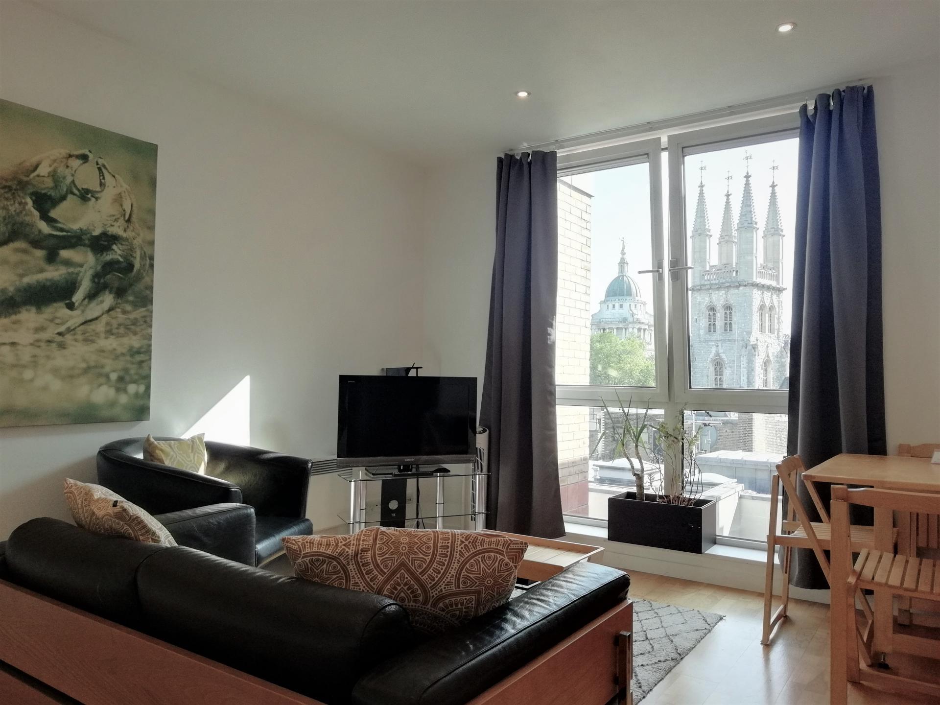 Lounge at Still Life St Paul's Executive, Farringdon, London - Citybase Apartments