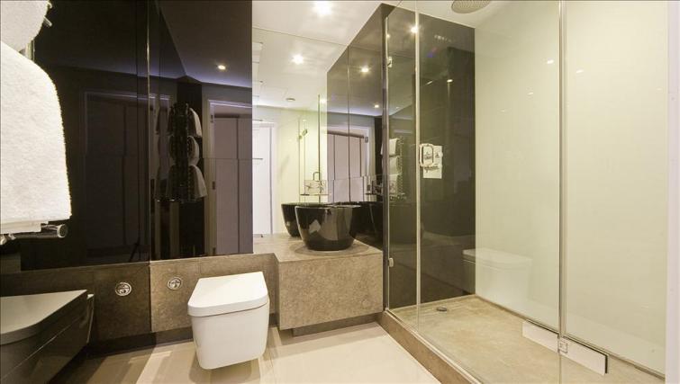 Bathroom at Still Life Old Street Executive - Citybase Apartments