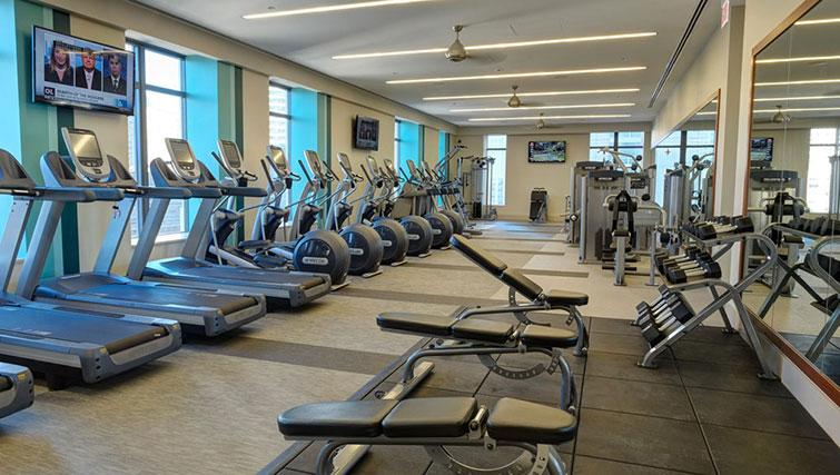 Gym at Amli River North Apartments - Citybase Apartments
