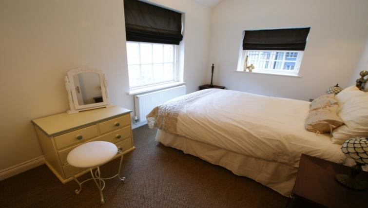 Double bedroom at Moatside Gate Apartment - Citybase Apartments
