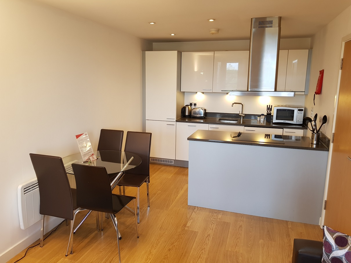 Dining table at Still Life Southwark Executive - Citybase Apartments