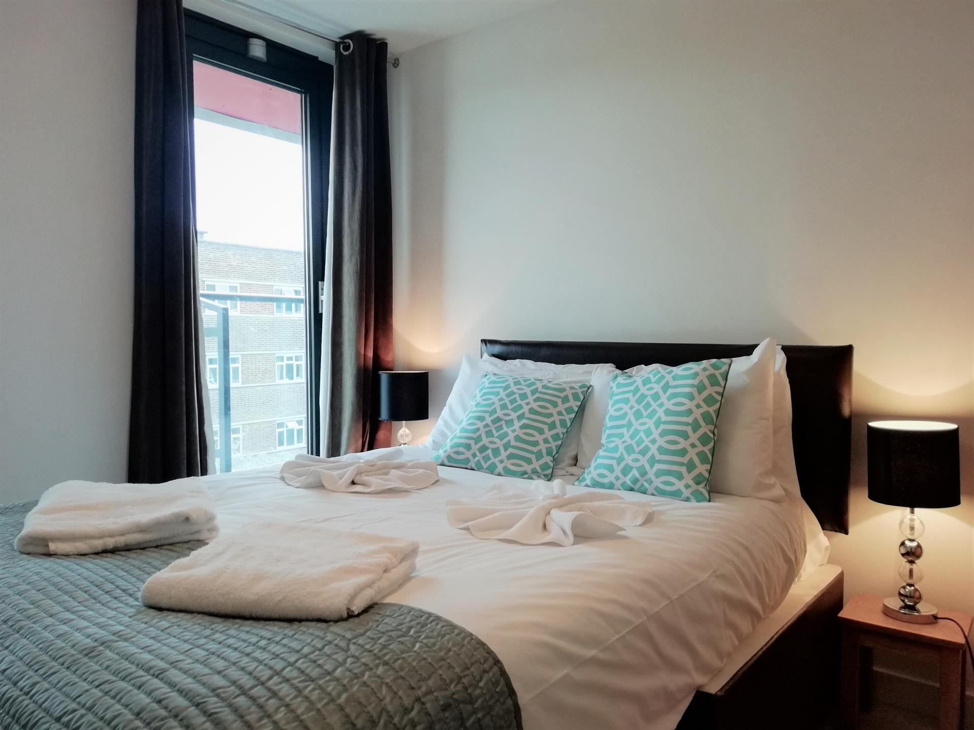 Comfy bed at Still Life Southwark Executive, Southwark, London - Citybase Apartments