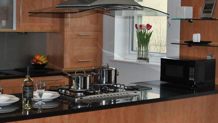 Spacious kitchen at Holyrood Apartments - Citybase Apartments