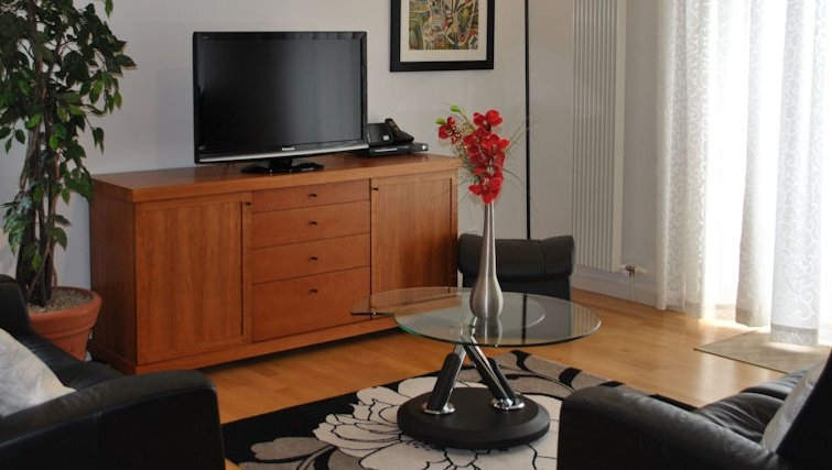 Ideal living area at Holyrood Apartments - Citybase Apartments