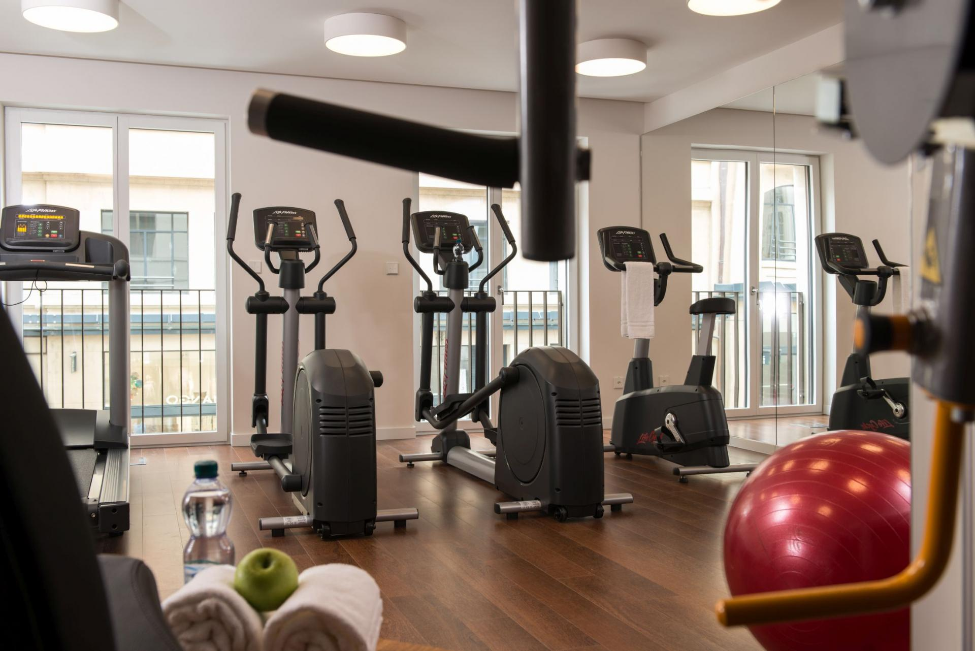 Gym at Fraser Suites Geneva, Centre, Geneva - Citybase Apartments
