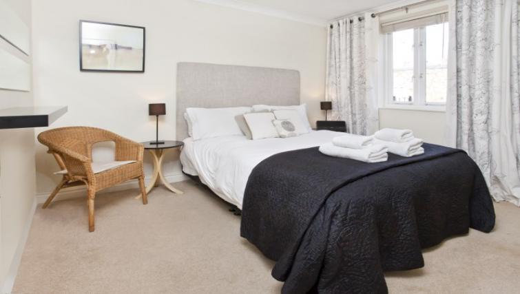 Bedroom at Monkbridge Court Apartment - Citybase Apartments
