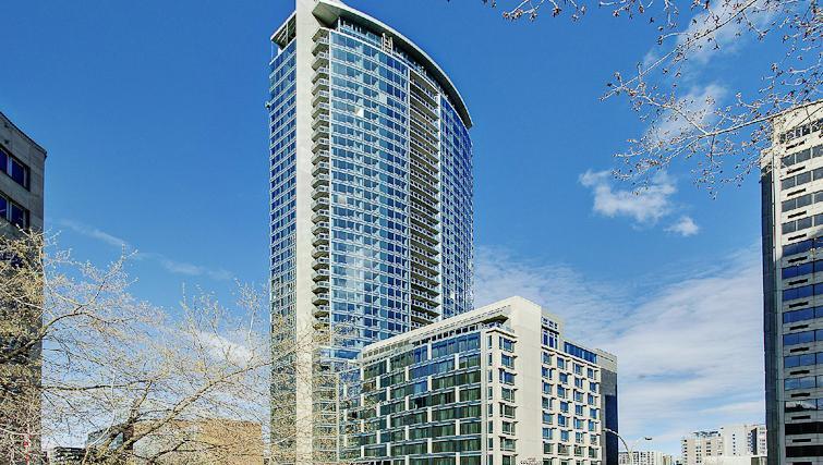 Exterior at Le V Apartments - Citybase Apartments