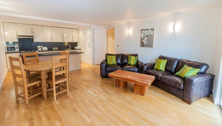 Spacious living area at Sinclair Apartments - Citybase Apartments