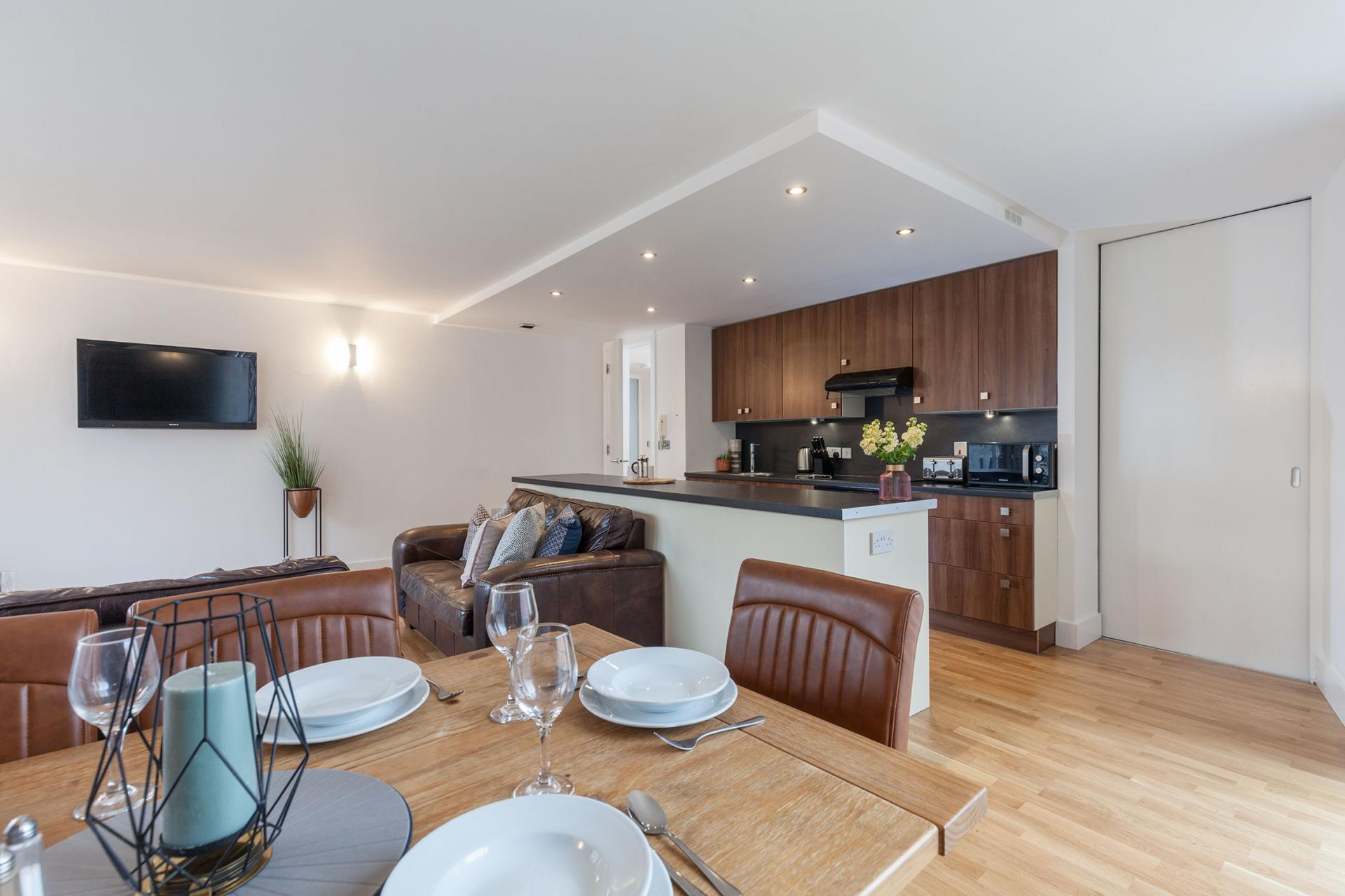 Kitchen diner at Sinclair Apartments, Centre, Sheffield - Citybase Apartments