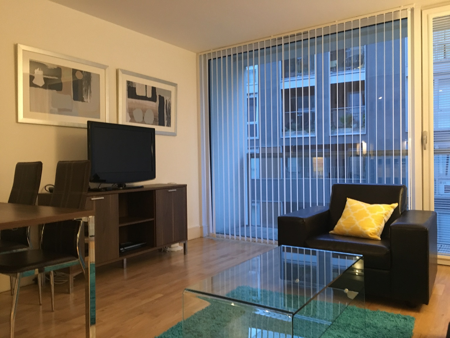 TV at Still Life Canary Wharf Executive - Citybase Apartments