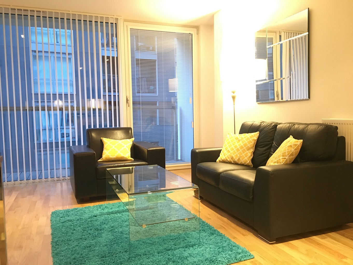 Spacious living room at Still Life Canary Wharf Executive - Citybase Apartments