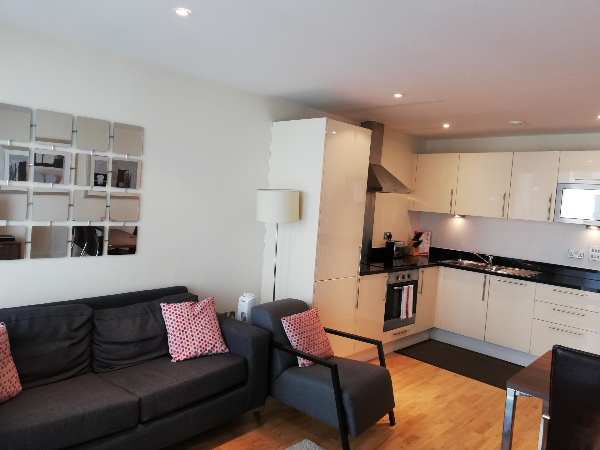 Living area and sofa at the Still Life Canary Wharf Executive - Citybase Apartments