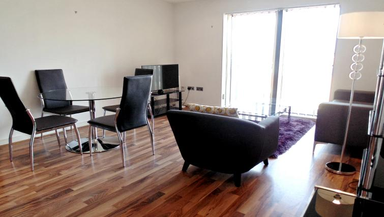 Living area at Still Life King's Cross - Citybase Apartments