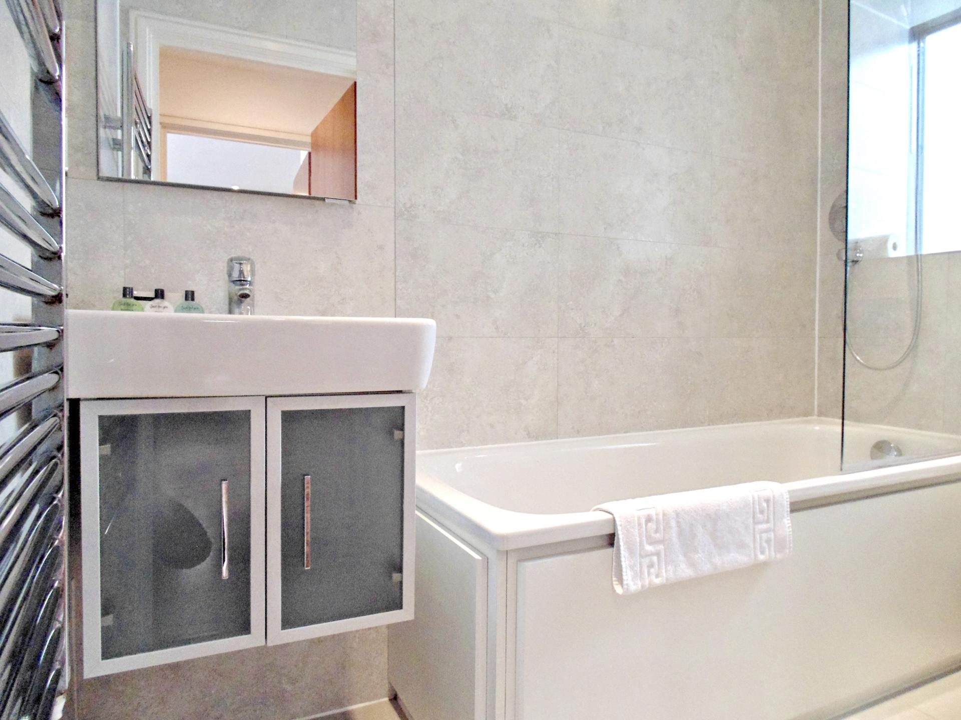 Bathroom at Still Life King's Cross - Citybase Apartments