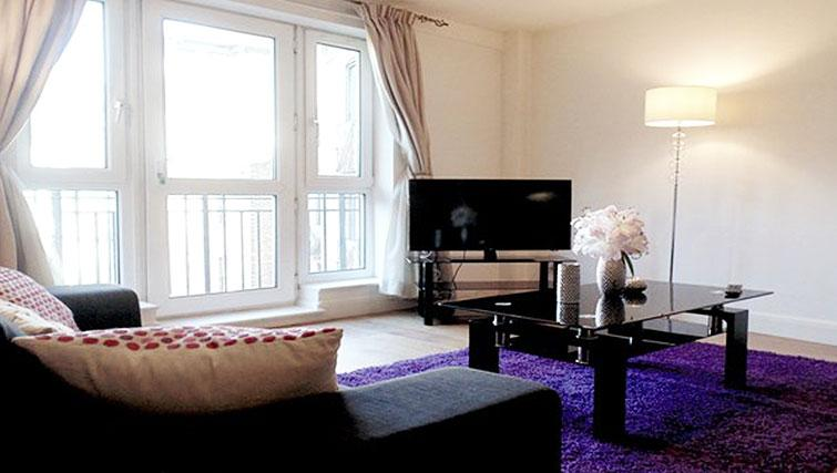 Open plan living area at Still Life St Paul's - Citybase Apartments