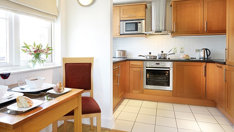 Bright kitchen in Queen Street St Paul's Apartments - Citybase Apartments
