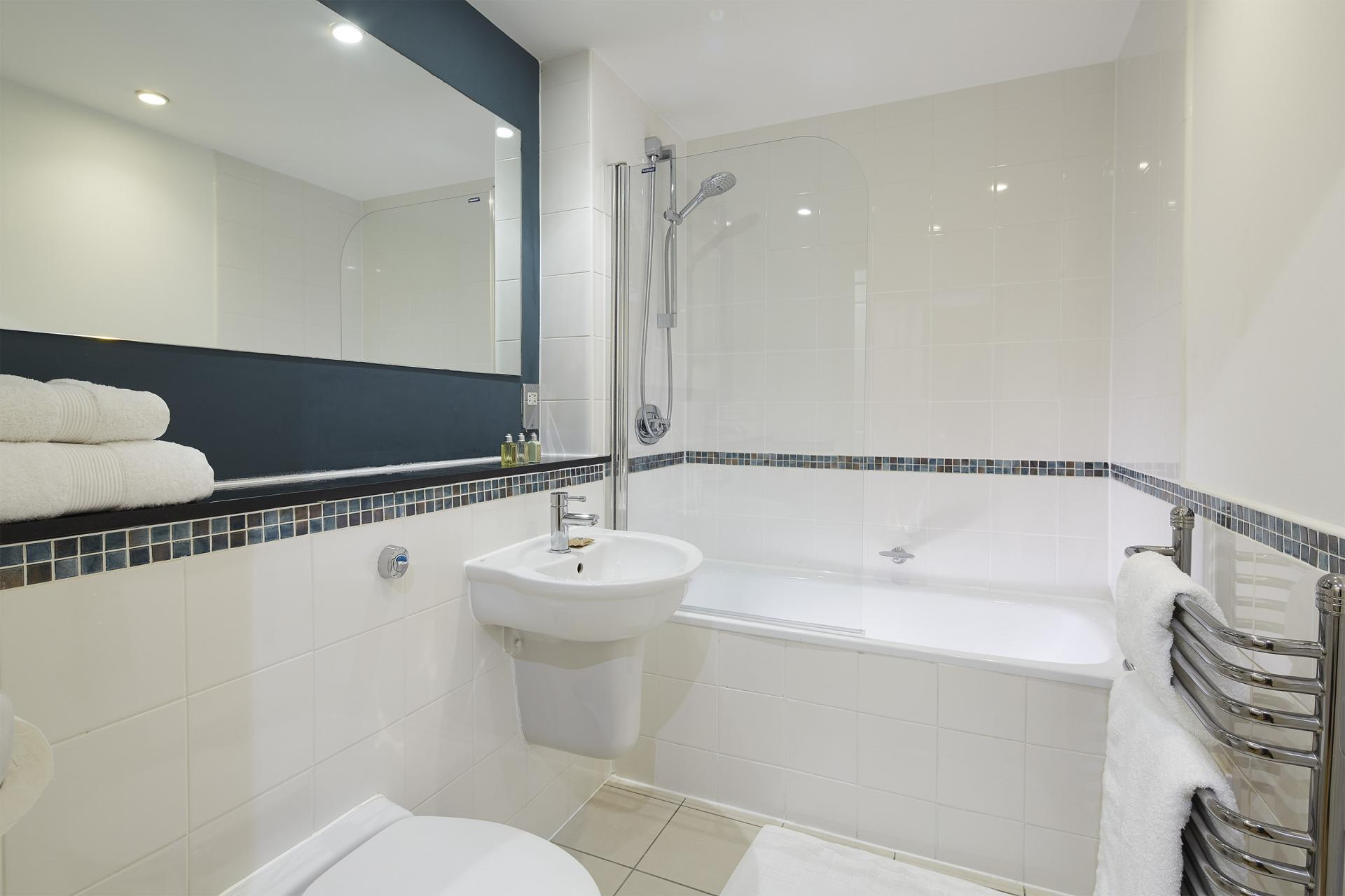 Bathroom at Queen Street St Paul's Apartments, Mansion House, London - Citybase Apartments