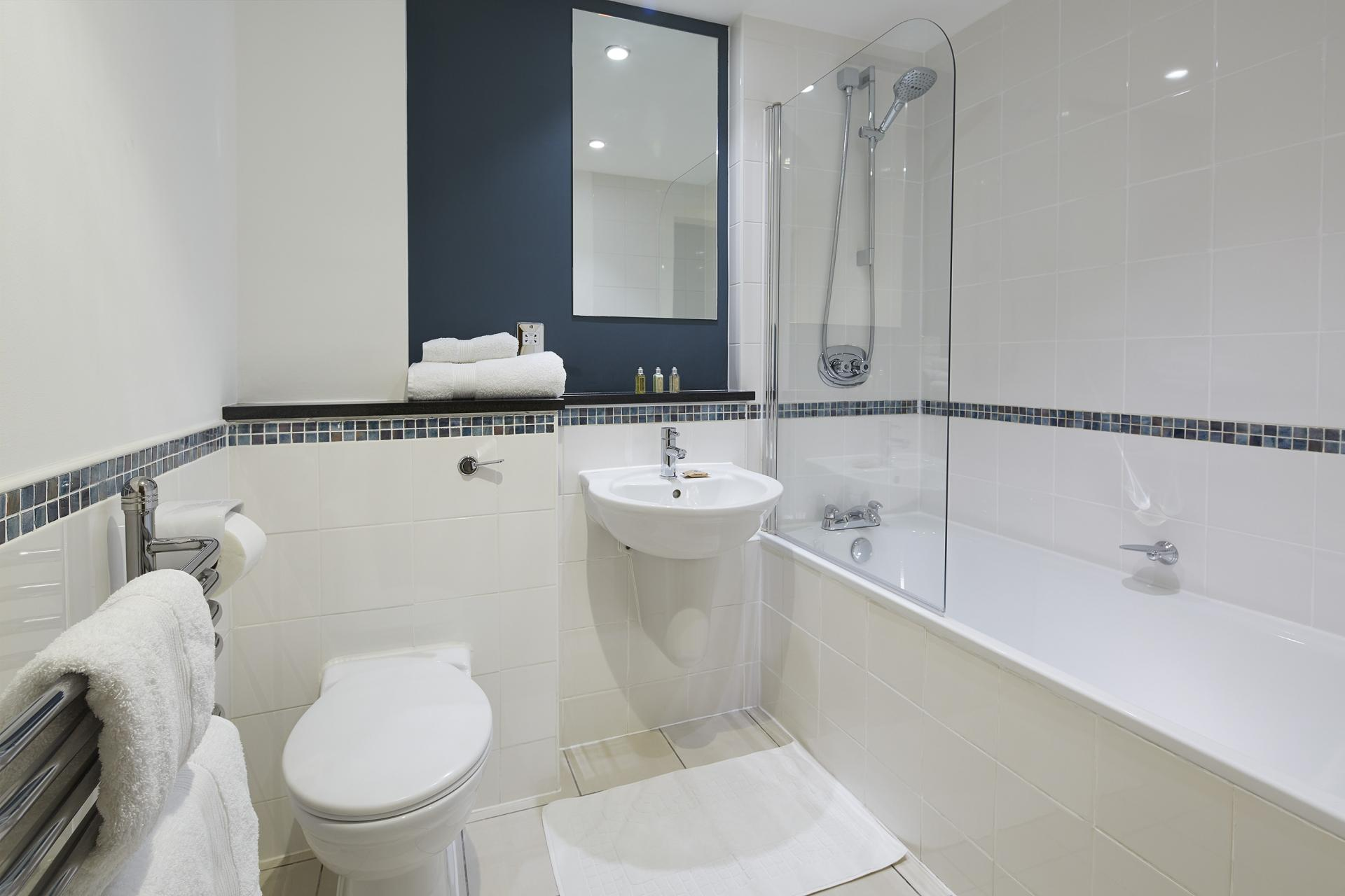 Modern bathroom at Queen Street St Paul's Apartments, Mansion House, London - Citybase Apartments