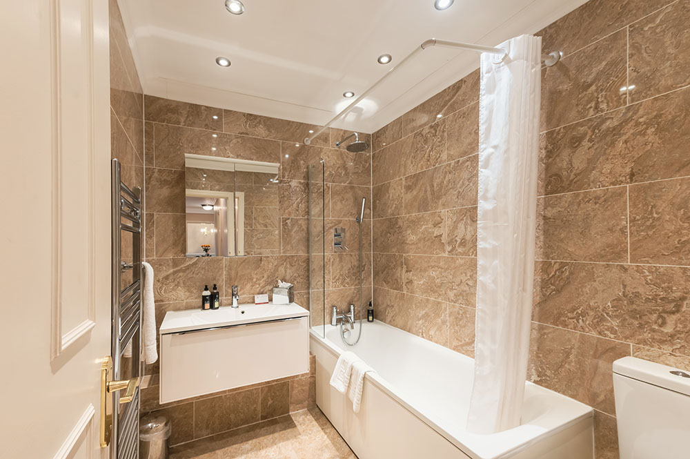 Bath at No.1 The Mansions Apartments, Earls Court, London - Citybase Apartments
