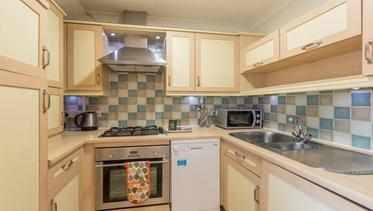Kitchen facilities at the Stanshawe Court Apartments - Citybase Apartments
