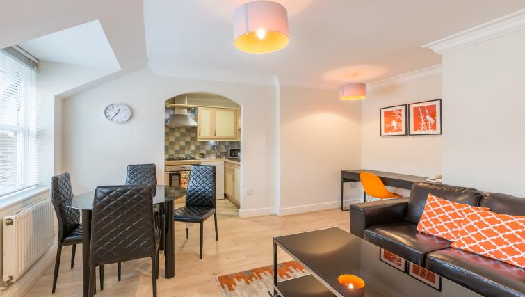 Dining are at the Stanshawe Court Apartments - Citybase Apartments