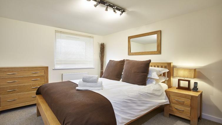 Bedroom at Jupiter Heights Apartments - Citybase Apartments