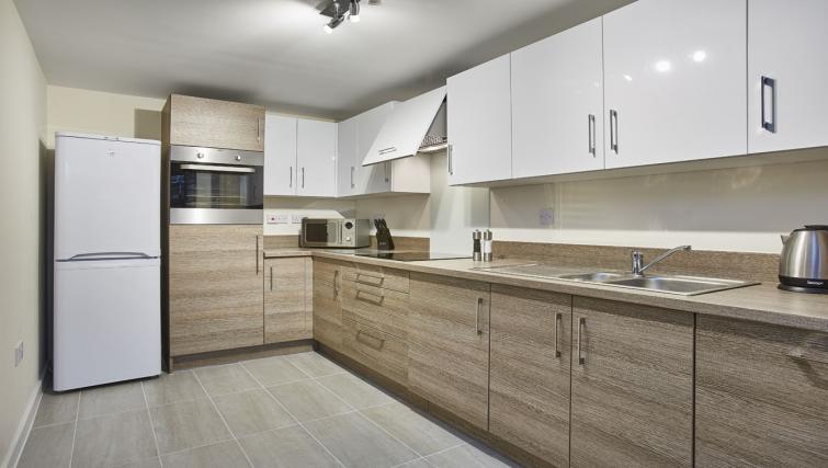Kitchen at Jupiter Heights Apartments - Citybase Apartments