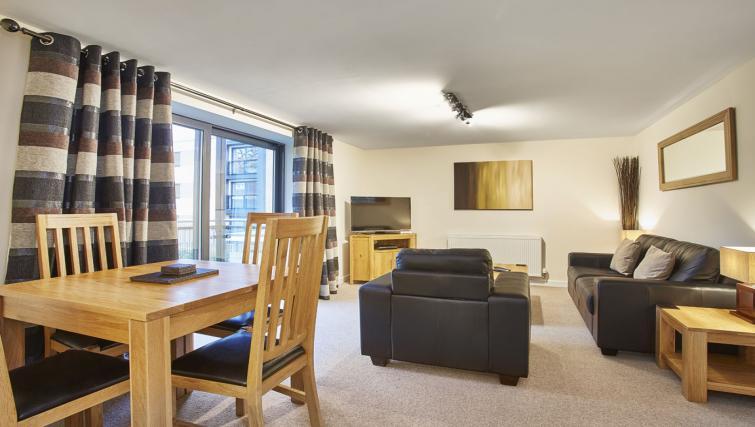 Living area at Jupiter Heights Apartments - Citybase Apartments