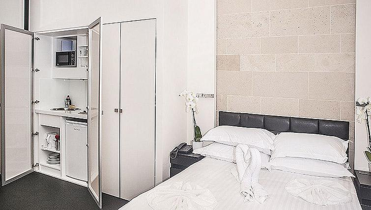 Double studio room at 88 Studios Kensington - Citybase Apartments