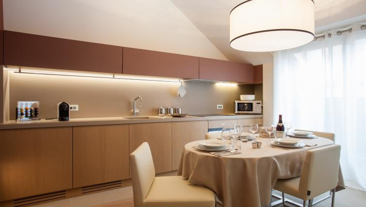 Kitchen at Guillaume Suites - Citybase Apartments
