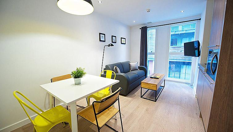 Stylish living space at Staycity Birmingham Newhall Square - Citybase Apartments