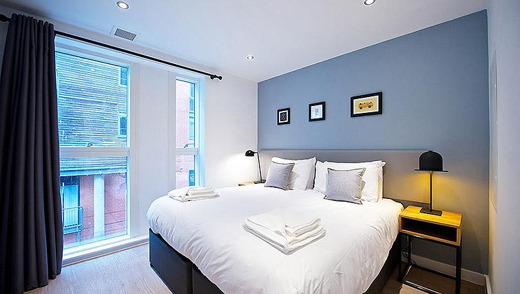 Bed at Staycity Birmingham Newhall Square - Citybase Apartments