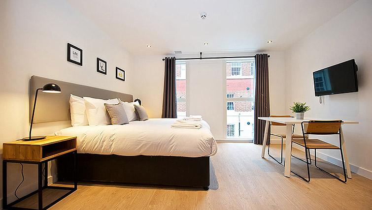 Open plan studio at Staycity Birmingham Newhall Square - Citybase Apartments
